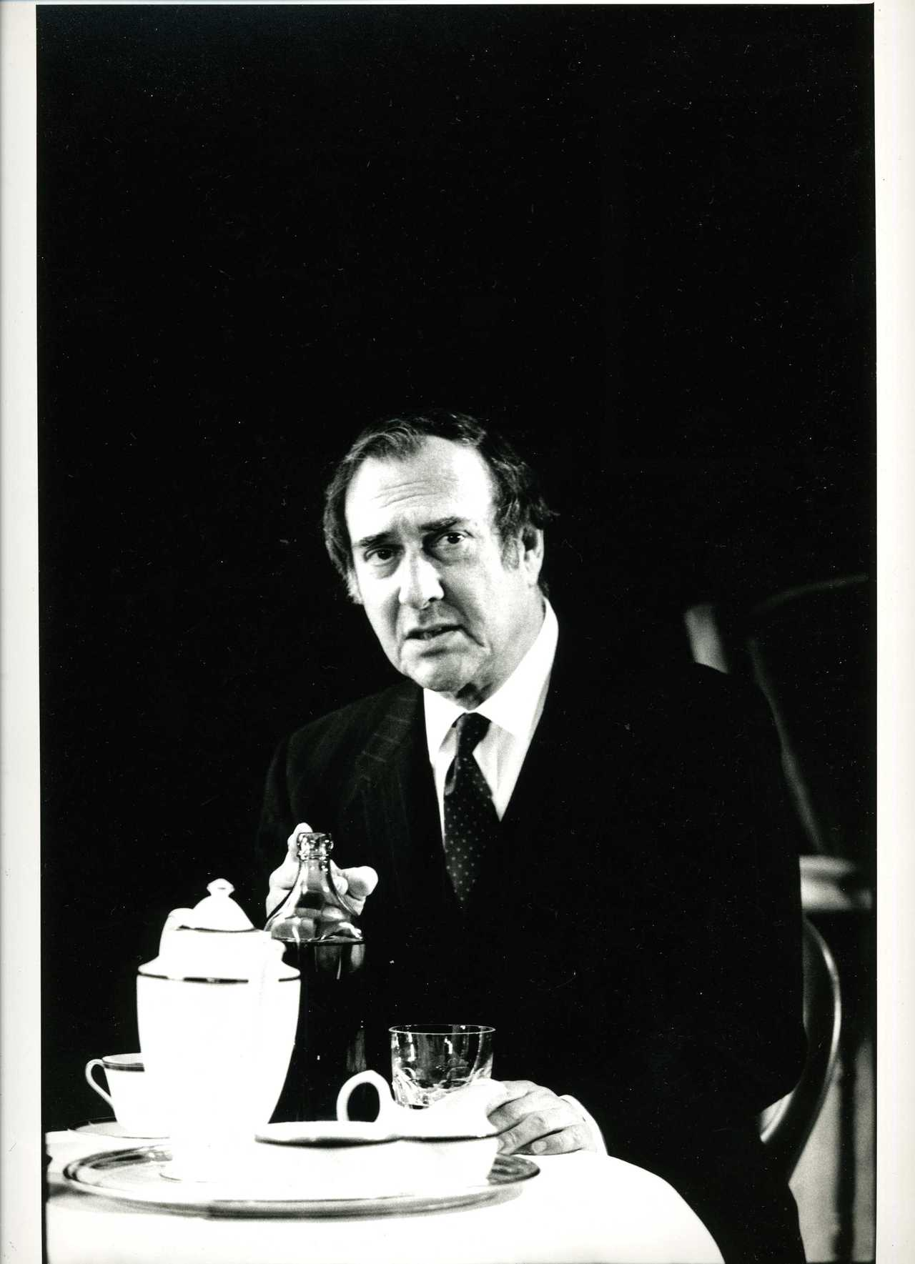an analysis of harold pinters play betrayal Betrayal by harold pinter - summary scene i  labels: 20th century betrayal british literature drama harold pinter play summary 2 view comments essay cemetery where good college essays.